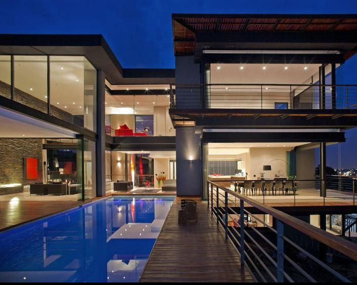 immoafrica-delightful digs-nico van der meulen-house lam-exterior night