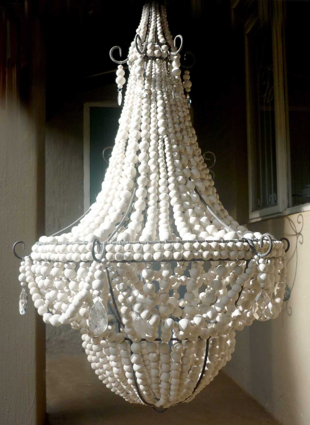 Hellooow handmade chandeliers combined with global trends and designs merewyn de heer packed up her advertising career and began her new journey with the birth of hellooow handmade arubaitofo Gallery