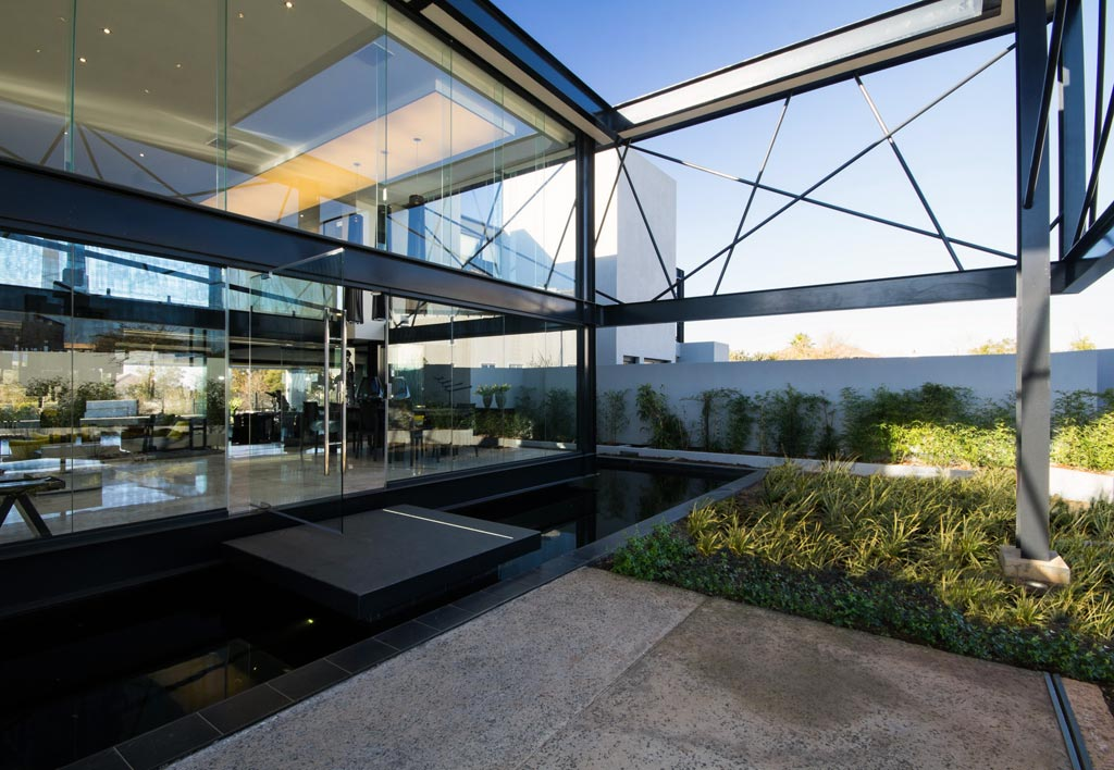 immoafrica-south-african-architecture-nico-van-der-meulen-house-ber2