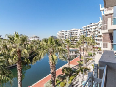 Investment hot spots – Waterfront and Clifton apartment prices hit historic highs despite economic lows
