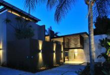 Morningside House - Nico van der Meulen