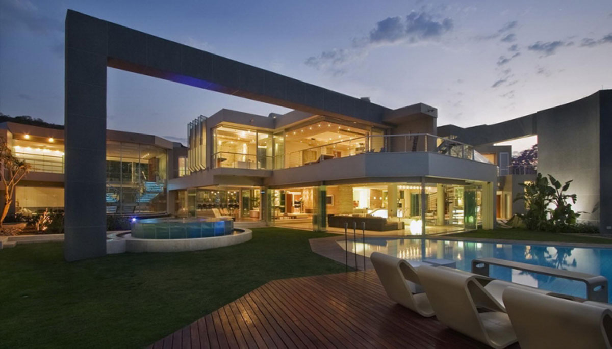 Glass House by Nico van der Meulen - dusk