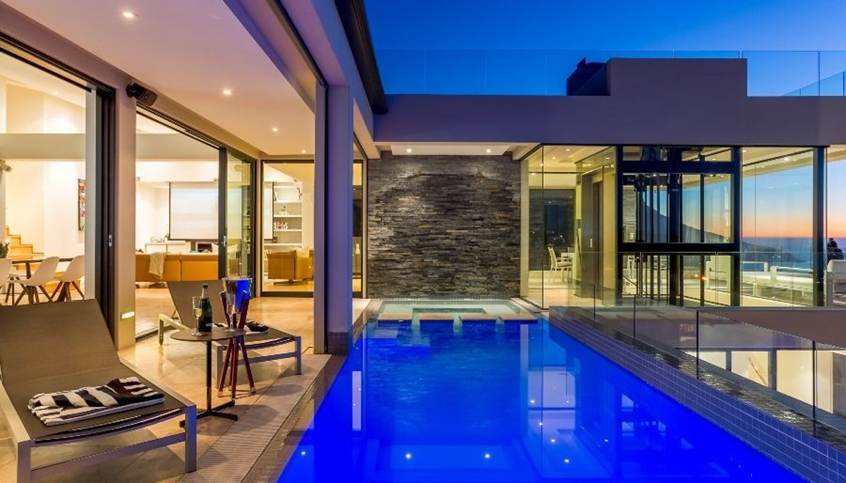 6 Bedroom House for Sale in Camps Bay Atlantic Seaboard