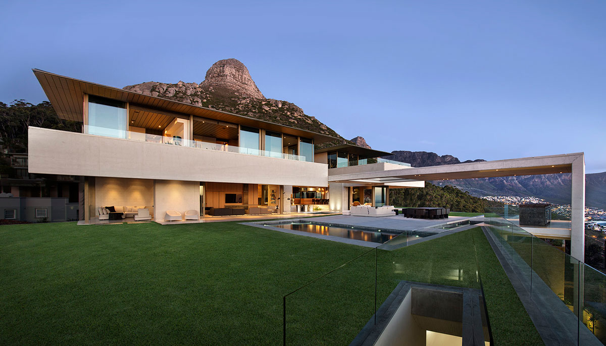 Contemporary Masterpiece by SAOTA - mountain view