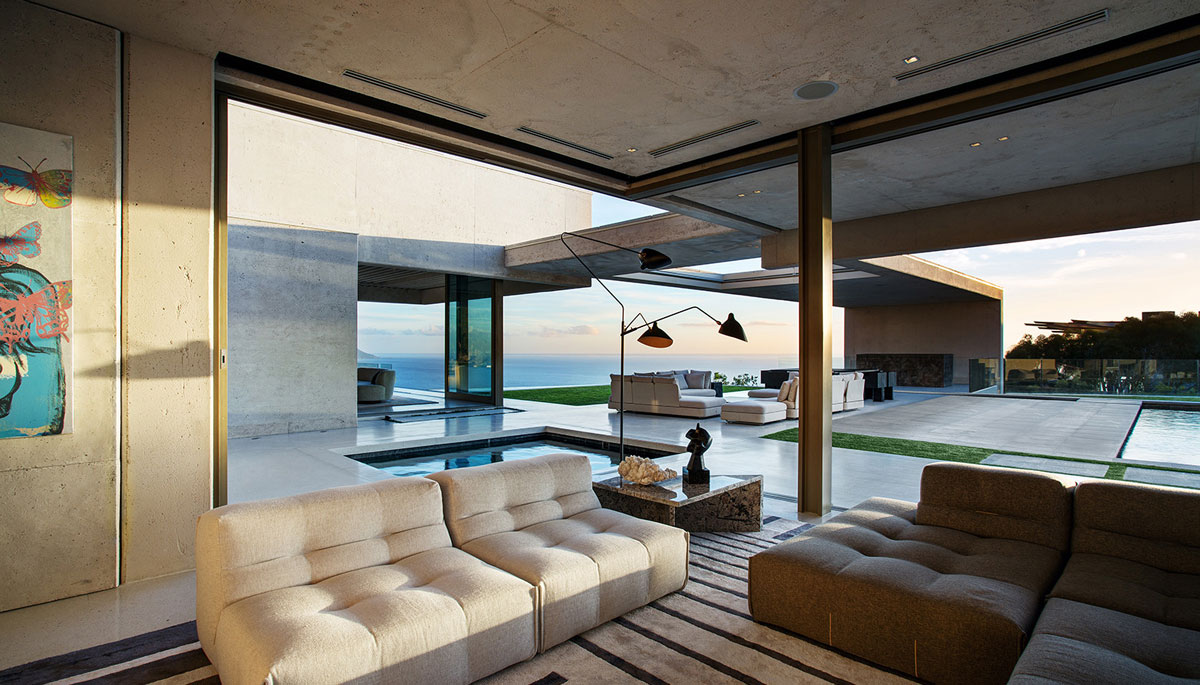 Contemporary Masterpiece by SAOTA - open plan