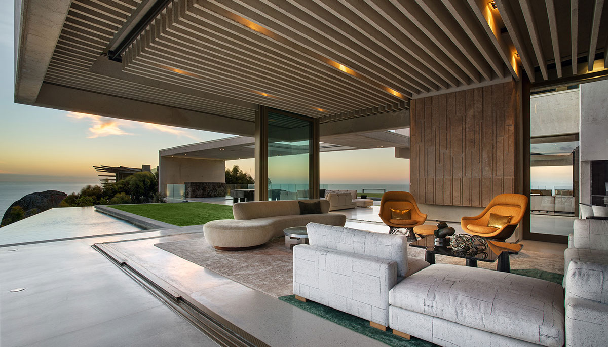 Contemporary Masterpiece by SAOTA - open spaces