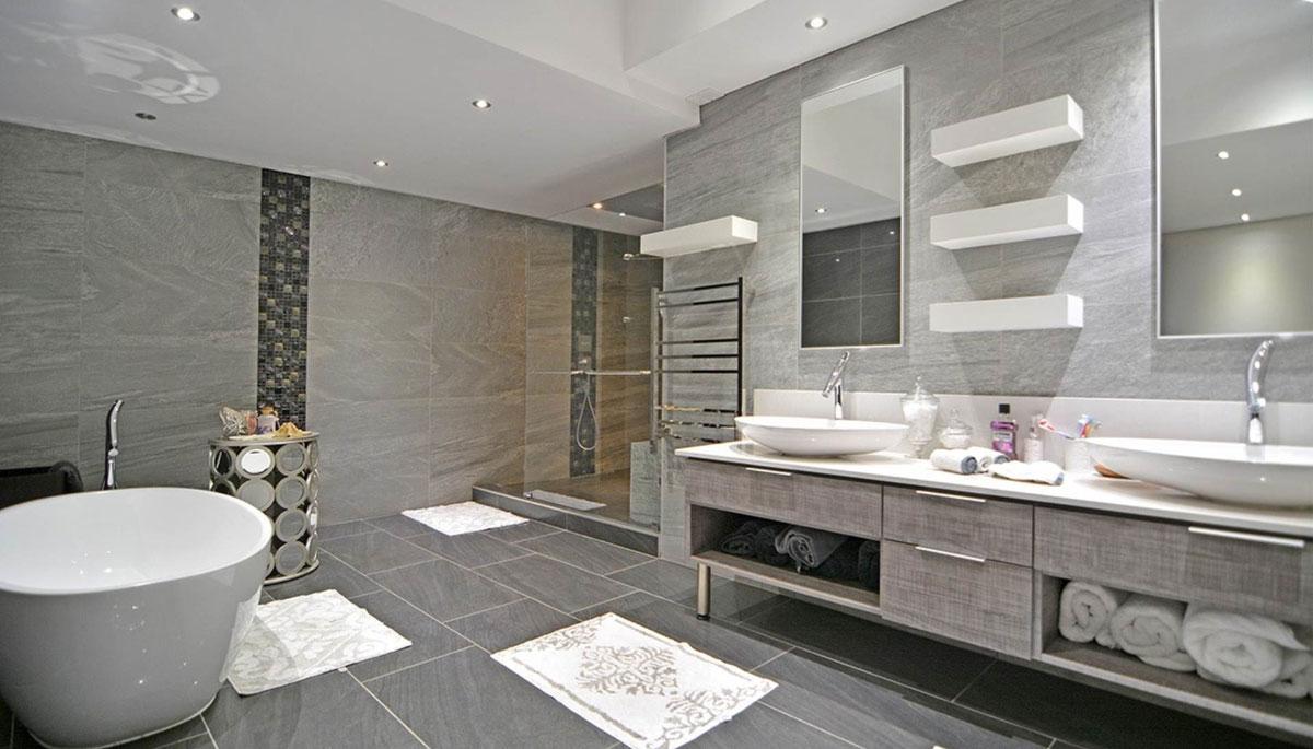 Serengeti Lifestyle Estate - main bathroom