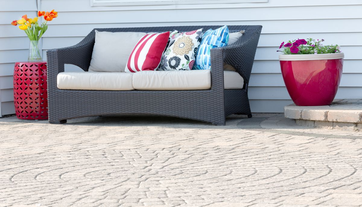 Ways to Spruce Up Your Patio Garden