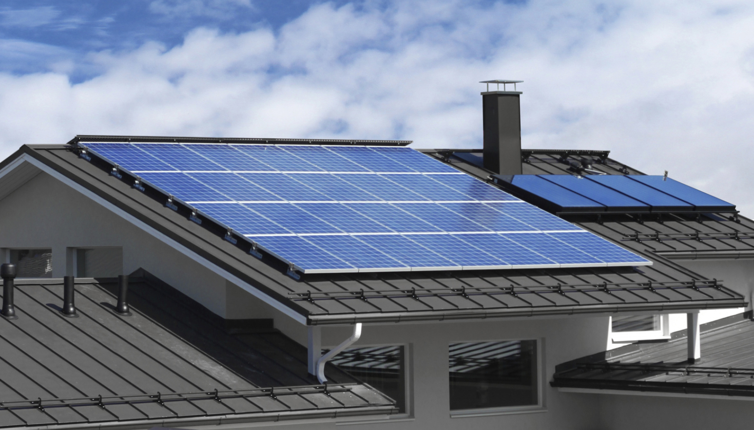 Benefits of Having Solar Panels on Your Roof